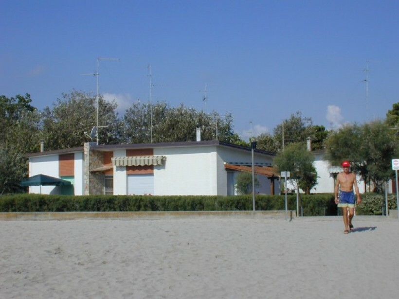 Bungalows in residence con spiaggia
