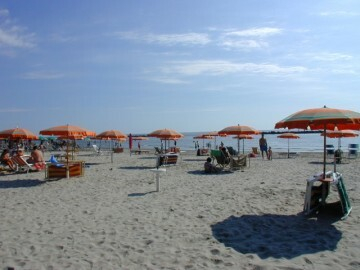 resized_park_scacchi_spiaggia_mare21491428118.jpg